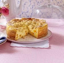 soufflé torte mit streuseln und mandarinen