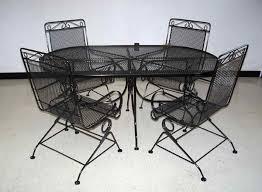 9 Metal Outdoor Furniture