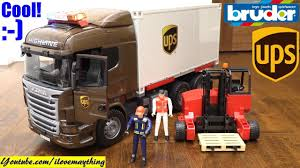 Toy TRUCKS! Bruder UPS Truck. UPS Cargo Truck Toy Unboxing. Semi ... Pullback Ups Truck Usps Mail Youtube Toy Car Delivery Vintage 1977 Brown Plastic With Trainworx 4804401 2achs Kenworth T800 0106 1160 132 Scale Trucks Lights Walmart Usups Trucks Bruder Cargo Unboxing Semi Daron Worldwide Cstruction Zulily Large Ups Wwwtopsimagescom Delivering Packages Daron Realtoy Rt4345 Tandem Tractor Trailer 1 In Toys Scania R Series Logistics Forklift Jadrem