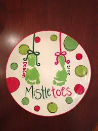 Michaels Cake Decorating Classes Edmonton by Mistletoes Footprint Christmas Plate Mbf Projects Pinterest