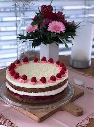 weiße schoko mascarpone torte mit himbeeren langsam kocht