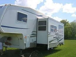 2005 Keystone Cougar 5th Wheel Camper