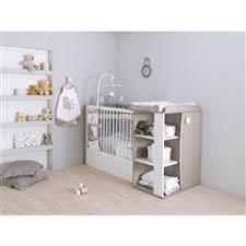 chambre bebe lit evolutif autour de bébé lit chambre transformable lit compact transformable