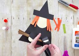 Use Shapes To Create This Cute Witch Paper Craft For Halloween Fun Preschool