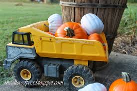 Spain Hill Farm: Pumpkins And A Vintage Tonka Truck