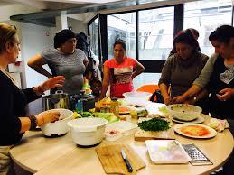 atelier cuisine centre social retour en images un atelier cuisine pour partager rencont roms