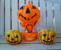 Halloween Blow Molds 2015 by Old Glory Cottage