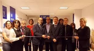 bureau moderne auch un bureau de poste accessible et fonctionnel 25 12 2015