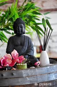 fototapete dekoration mit buddha statue