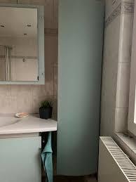 badezimmer schrank system in mint milchglas