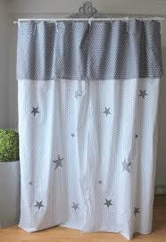 rideau occultant chambre bébé meuble chambre enfant avec rideau occultant noir et blanc avec