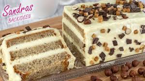 saftiger nusskuchen mit sahniger puddingcreme einfach unwiderstehlich lecker nuss sahne kuchen