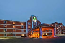 Lamp Post Inn Hotel Ann Arbor by Holiday Inn Express Hotel U0026 Suites Ann Arbor Ann Arbor Mi