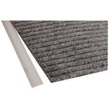 tapis antiderapant escalier exterieur carpettes d intérieur et d extérieur tapis carpettes couvre