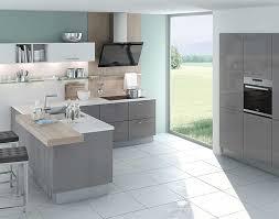 medano l küche mit theke und holz dekor grau meda gute küchen