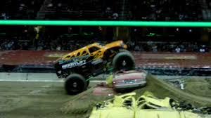 100 Bad Habit Monster Truck BAD HABIT FREESTYLE Cleveland Jam 22612 YouTube