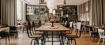 restaurant bar vienna house easy mo stuttgart