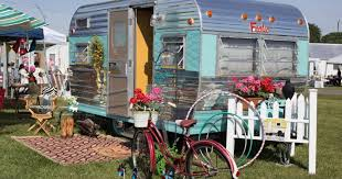 100 Restored Retro Campers For Sale Vintage Campers Perfect For Summer Road Trips In Style