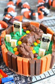 Best Halloween Candy by Kit Kat Halloween Cake