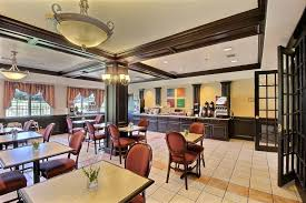 fort Inn and Suites
