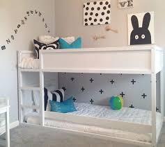 ikea chambres enfants lit ikea hensvik chambre bb ikea applique pour un enfant