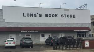 Long's Bookstore On At 15th And High Street Near Ohio State ... The Ohio Union At State University 41 Best My Buckeyes Images On Pinterest Youngstown News Stories For December 2017 District Timeline Columbus Neighborhoods Barnes And Noble Book Stock Photos Harry Potter Puts A Curse Nobles Sales Madison Irl Mapping I See Circles Even When Cant Osugame Out Front Of And Osu Youtube Favorite Teacher Contest Announced Author Event Signing Bn Authorsdb