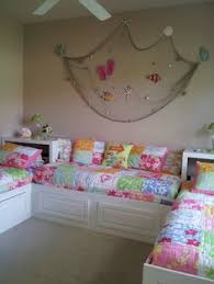 Custom Twin Beds Bedroom Idea For The Girls Roomscrew Twins Multiple