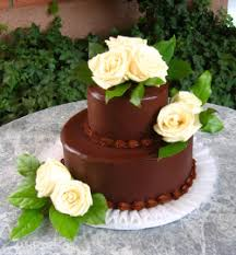 CH13 White Rose Ganache Cake Simply smooth Ganache accented with Fresh Roses