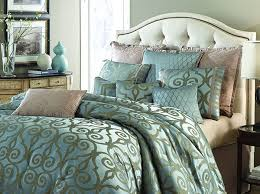 Michael Amini Plaza Suite 10pc King forter Set in Teal by AICO
