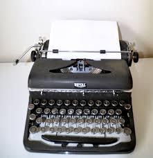 les 25 meilleures idées de la catégorie machines à écrire sur