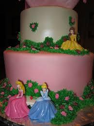 MyMoniCakes Disney Princess Cake with Pillow and Tiara