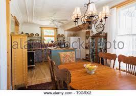 oval eiche esstisch mit stühlen holz mit glas türen ecke