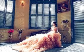 Vintage Wedding Dress Wallpaper