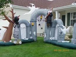 Inflatable Halloween Cat Archway by 59 Best Decorative Inflatables Images On Pinterest Pumpkins