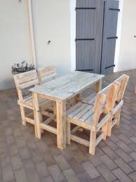 Garden Pallet Table Chairs