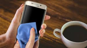 How to clean your mobile device