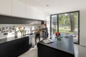 doppelhaus in gütersloh minimalistisch küche sonstige