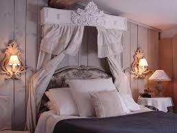 deco shabby en ligne chambre à coucher ciel de lit le grenier d shabby chic