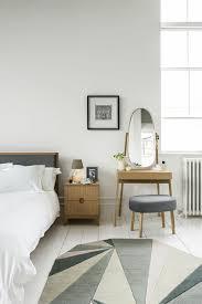 miroir dans chambre à coucher coiffeuse avec miroir 40 idées pour choisir la meilleure
