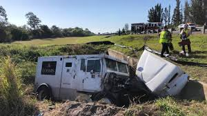 100 Armored Truck Jobs 2 Injured In Rollover Crash Involving Armored Truck On The Florida
