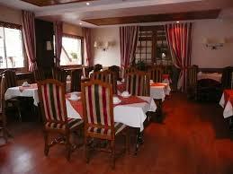 salle du petit déjeuner picture of le chalet suisse valberg