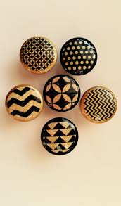 Sea Life Cabinet Knobs by 1 5 Inch Black And Gold Geometric Chevron Circle Cabinet Knobs