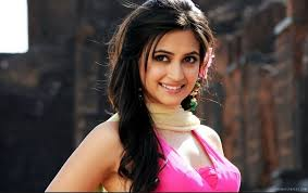 15 Hot & Spicy s of Kriti Kharbanda