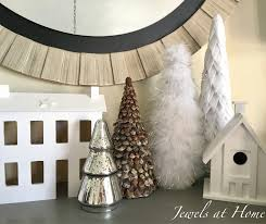 Pine Cone Christmas Tree Lights by Pine Cone Christmas Tree Jewels At Home