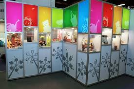 Set Up A Large Scale Display In The Main Pavilion And Invited Buyers From Different Countries Visitors To Vote Their Favorite Creative Product Be