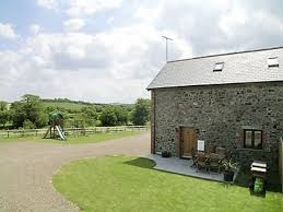CIDER BARN: 3 Bedroom Property In Bude. - 1858123 Dog Friendly Barn Cversion On Farm Crackington Haven Bude 2 Bedroom Barn In Nphon Budecornwall Best Places To Stay Aldercombe Ref W43910 Kilkhampton Near Cornwall Lovely Pet In Stratton Nr Feilden Fowles Divisare Tallb West Country Budds Barns Wagtail 31216 Titson Cider Barn 3 Property 1858123 Pinkworthy Cottage W43413 Pyworthy Mead Cottages Red Ukc1618 Welcombe