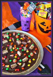 Halloween Candy Dishes by Leftover Halloween Candy Pizza Cooking With Ruthie
