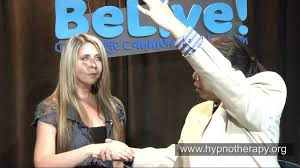 Hypnotist Bernies Exposition Episode 142 With Maria Scratching Cheek Biting