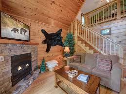 Cheap 1 Bedroom Cabins In Gatlinburg Tn by Cub U0027s Cove 1 Bedroom Near Downtown View Jetted Tub Wifi