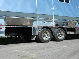 15 Horse - Extruded Aluminum Top Rail - DoyleManufacturing.com